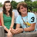 18 éves lánnyal él Delhusa Gjon
